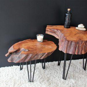 Mesa de madera de castaño