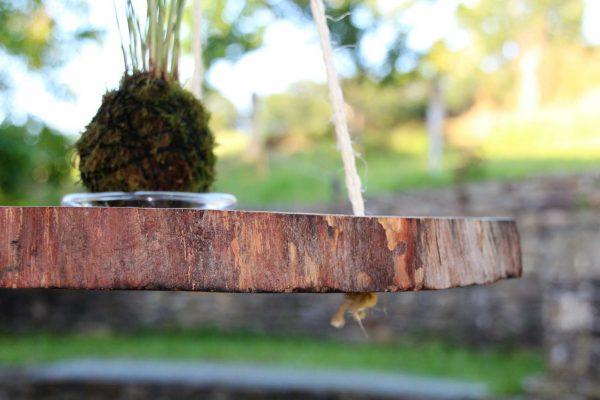 Cuelga macetas de madera